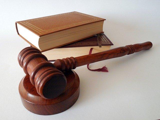 Wanneer Stap Je Naar Een Advocatenkantoor?